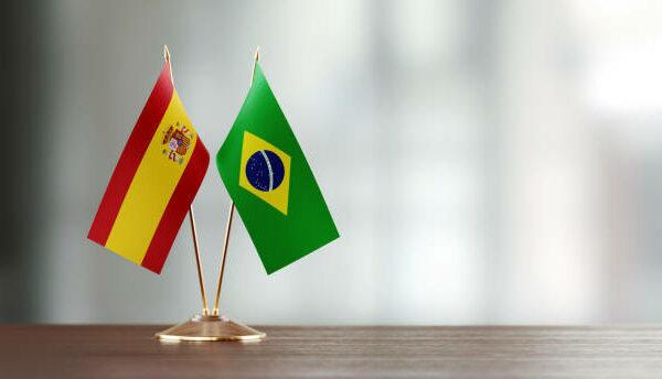 Falsos cognatos em Espanhol